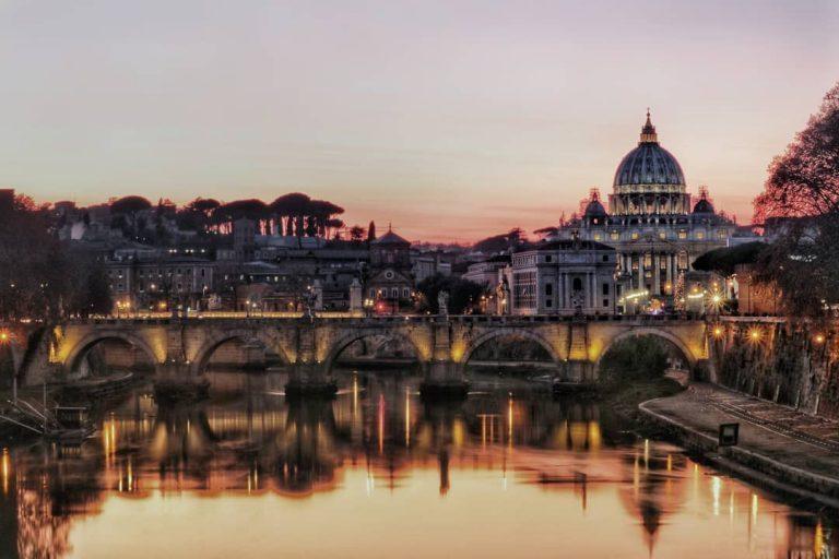 Roma, la Basilica ed il Tevere