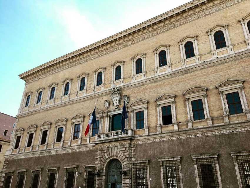 Palazzo Farnese a Roma