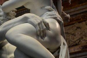 """<span class=""""entry-title-primary"""">5 statue di Bernini nella Galleria Borghese</span> <span class=""""entry-subtitle"""">Una passeggiata tra le sculture del principe del Barocco</span>"""