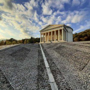 il tempio di possagno del canova