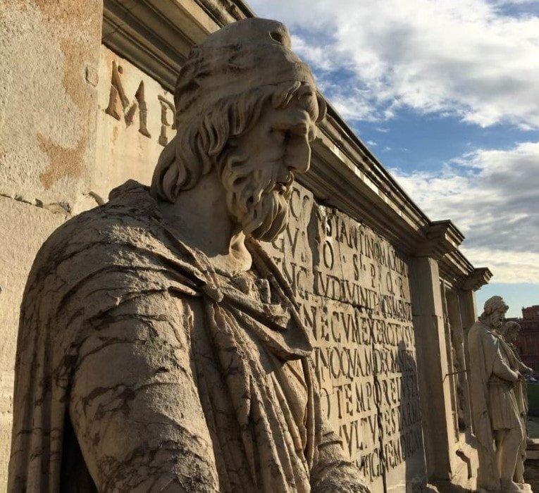 Foto 4 Daci prigionieri dal foro di Traiano