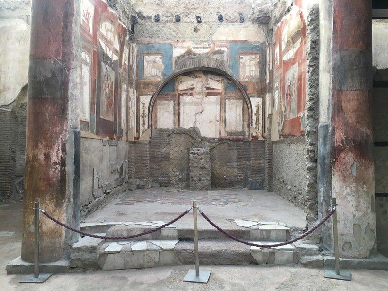sede degli augustali ercolano