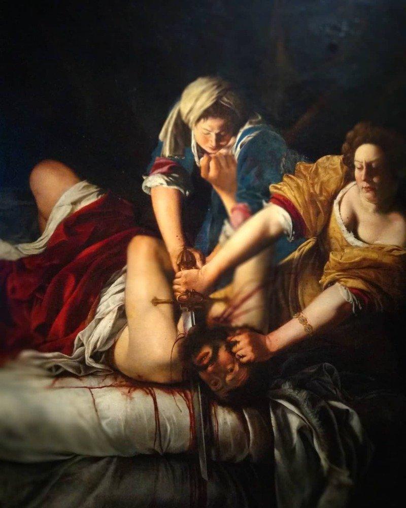 giuditta decapita oloferne uffizi