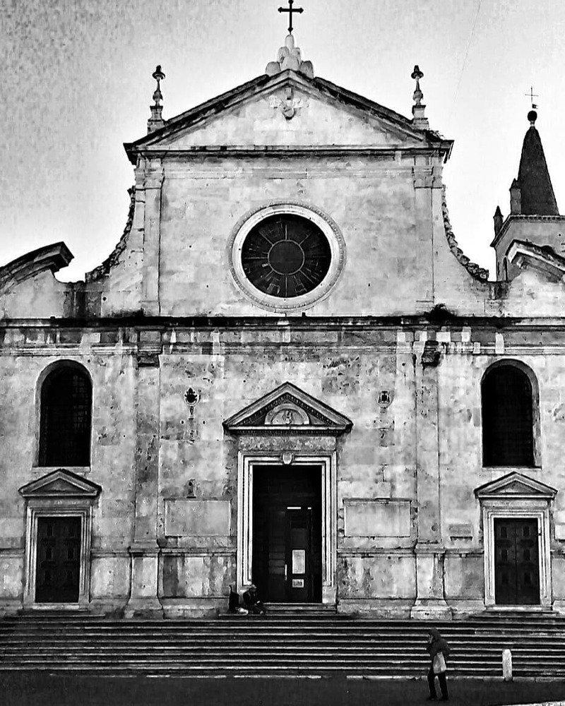 chiesa Santa maria Del popolo facciata