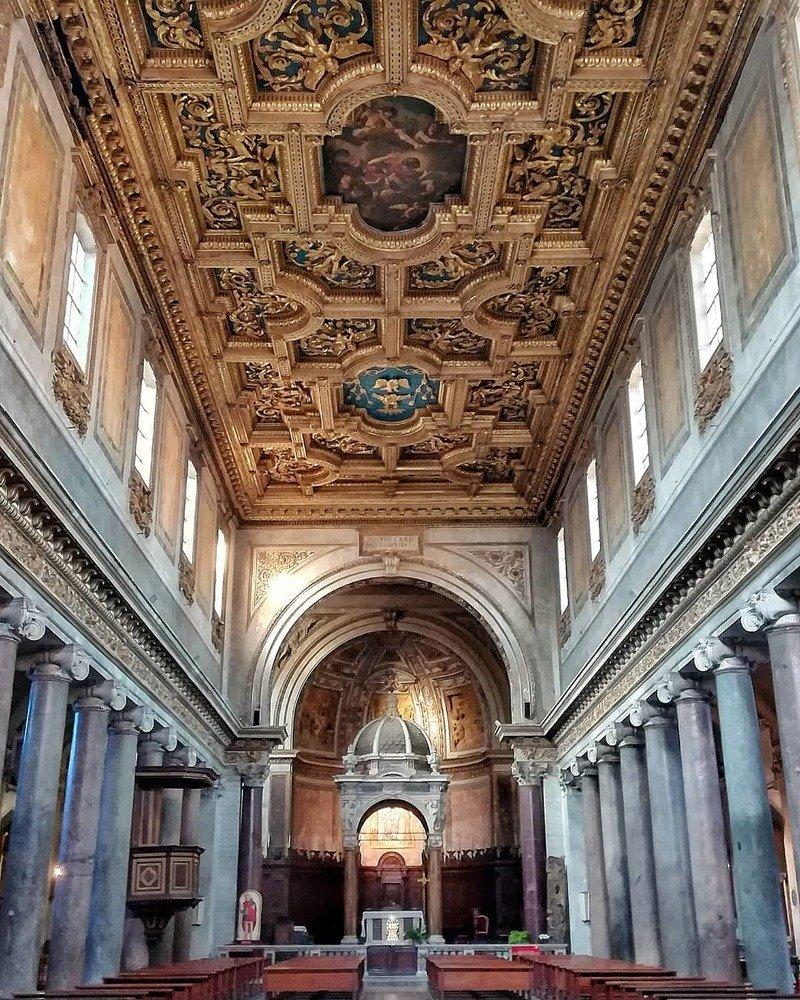 basilica San Crisogono interno